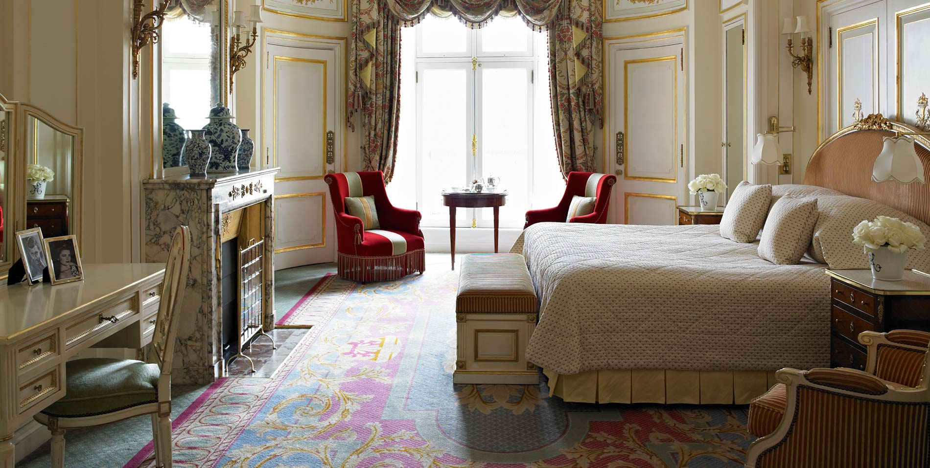 The Trafalgar Suite overlooking Green Park | The Ritz London Hotel