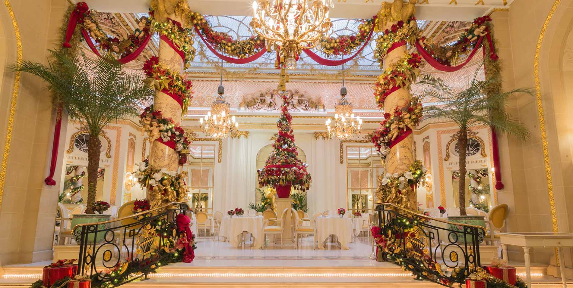 Christmas in The Palm Court