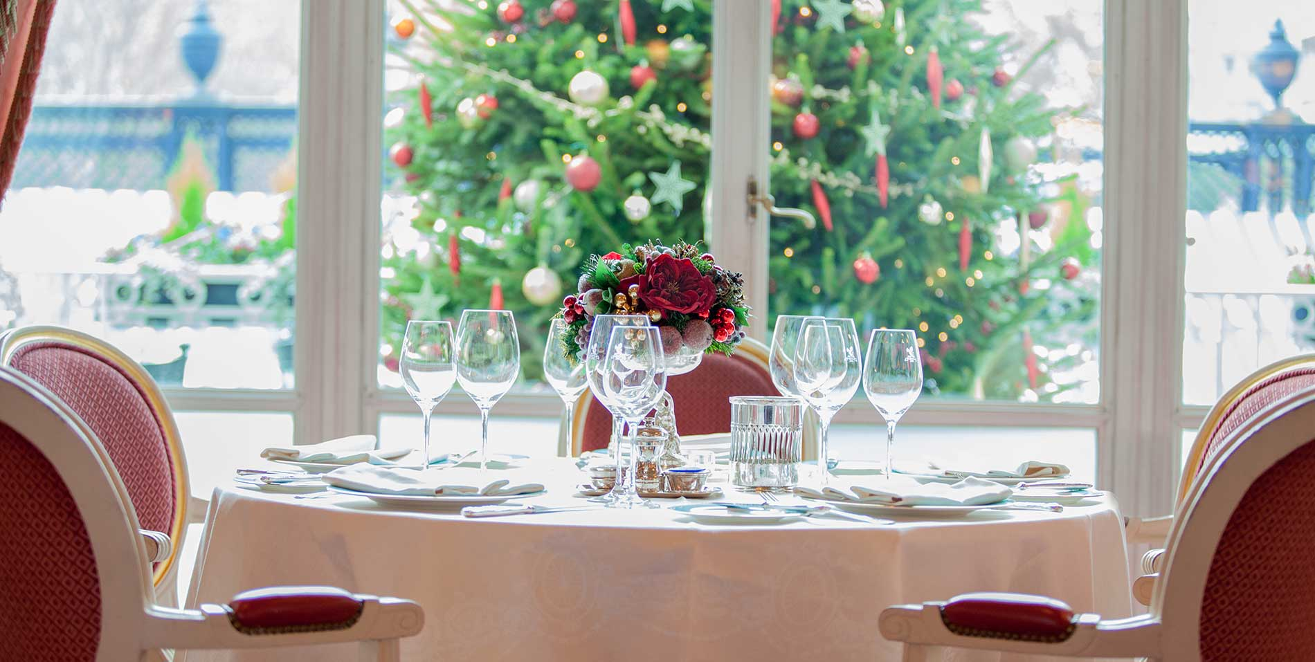 Christmas in The Ritz Restaurant